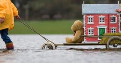 Làm thế nào để chuyển nhà khi trời mưa