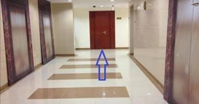 Căn hộ có cửa thẳng lối đi